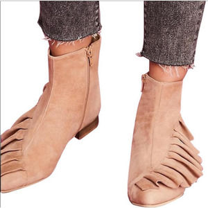 Anthropologie Ruffle Leather Ankle Bootie Tan 38